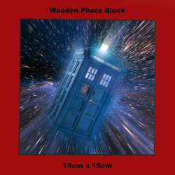 TARDIS (DOCTOR WHO) WOODEN...